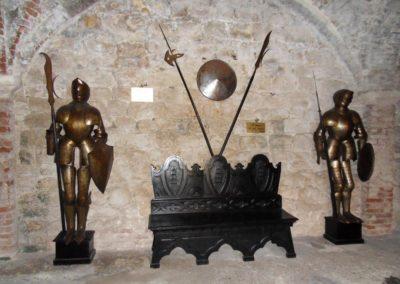 Soave-Castello-armatura2